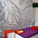 Спокойный и красивый интерьер комнат нашего хостела никого не оставит равнодушным.