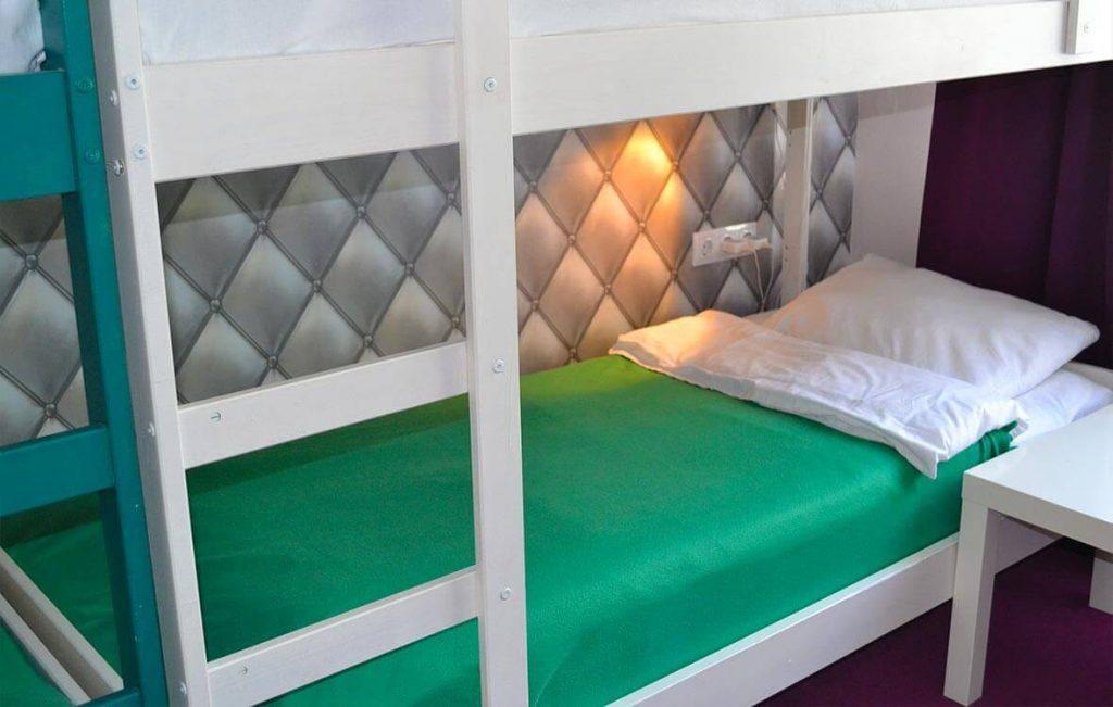 Места в женской комнате хостела очень удобные и комфортные и располагают к хорошему отдыху.